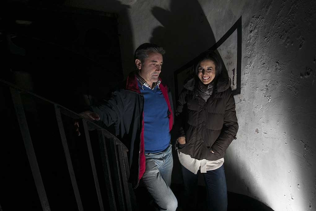 Martin King and Lucy Kennedy of TV3 in search of the paranormal at Wicklow gaol
