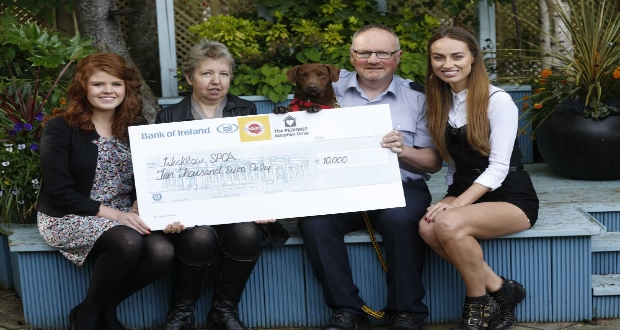 Members of Wicklow SPCA receive the cheque