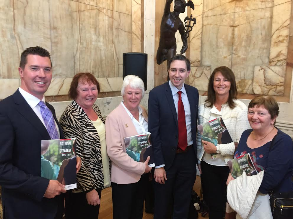 Representatives of Purple House Cancer Support at the launch of the National Cancer Strategy in Iveagh House Dublin 5th July 2017. L-R: Conor O'Leary, Veronica O'Leary, Catherine Byrne TD Minister of state for Health Promotion, Minister of Health Simon Harris, Aisling Gorman, Nuala Murphy.